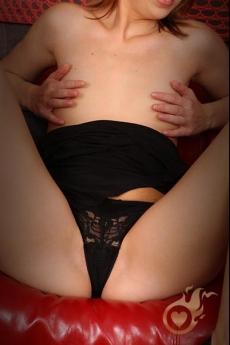 Escort Sabrina met mooie billen en kleine borsten